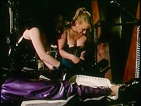 Lustful doxy fastened in latex