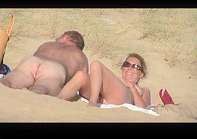 Hot amateurs enjoying a sandy...