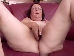 Chubby mature plays and fingers cumshot...