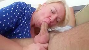 Lustful young guy bangs old blonde woman cumshot...