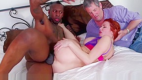 Veronica avluv squirts on cock...