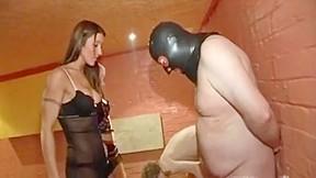 Slave ballbusting...