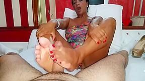 Latinas footjob...