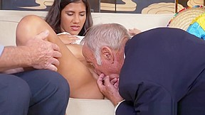 Chloes fingering pussy couple...