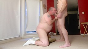 Old dude cock dry men give better blowjobs...