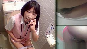 Asian slut pees upskirt...
