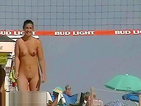 Cams beach get a lot of naked chicks...