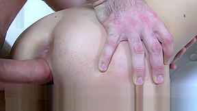 Casting amateur creampied during audition...