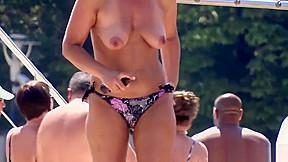Cameltoe bikini sexy camera...