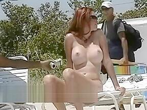 Lovebirds rejoice sunny video...