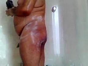 Sonny chub shower fun pt1...