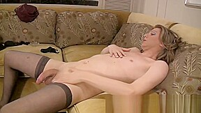 Tyra scott 7 inches of hard that babe...