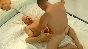 Hairy mature daddy bear blasting that ass...
