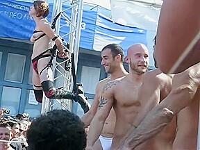 At folsom fair 2009...