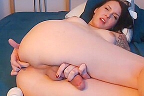 Sizzling Hot Cam Show With Shemale