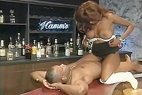Juicy ebony africa martin ass...