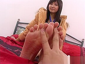 Chinese feet modeling...
