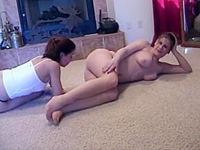 lesbian N142...