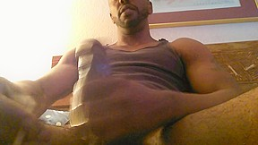 Str8 daddy smoking whilst stroking...