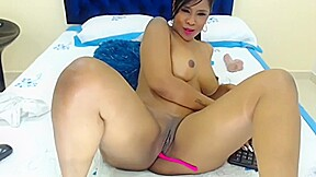 Queen and has anal fun...