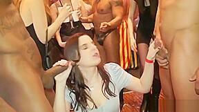 Bruneette strippers...
