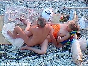 Nude milf shaved pussy beach voyeur hd...
