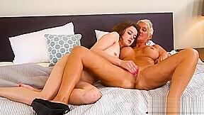lesbian N176...