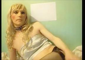 Crossdresser tv sandra poses and sucks dildos...