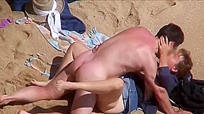 Discrete beach fucking...