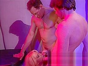 Scene double penetration amazing...