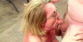 Mature load mouth...