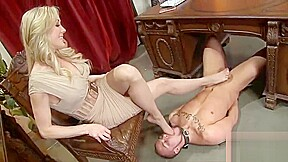 Sex in dogy stayil full sexy video big...