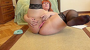 Beautiful chubby faks anal with different sex toys...