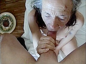 This old drunk bitch wanted and fuck...