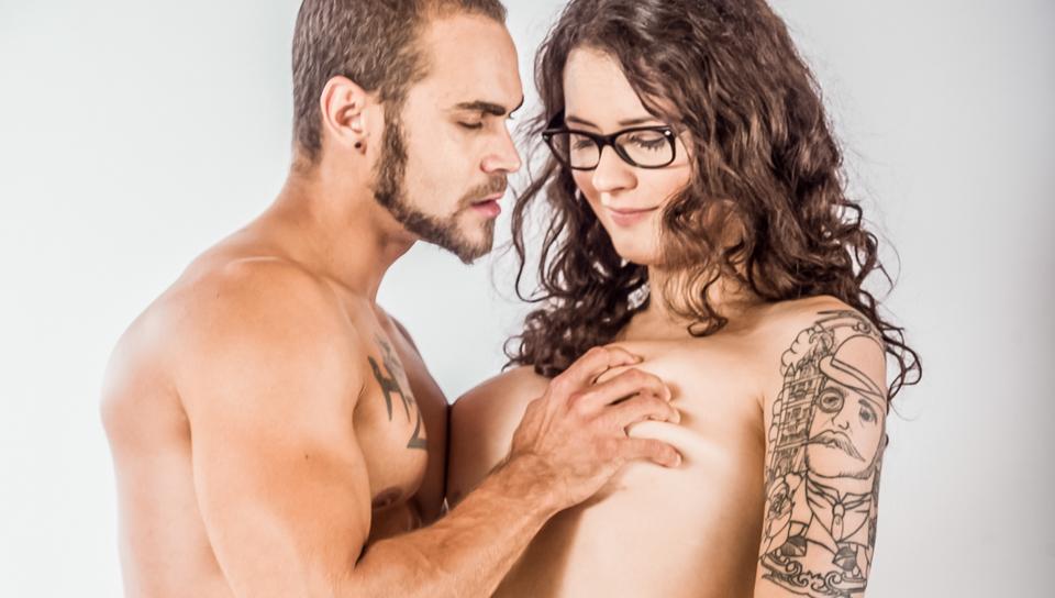 Lesbiche seduce dritto ragazza
