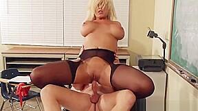 Amazing blond spanish bridgette b attending blowjob porn...