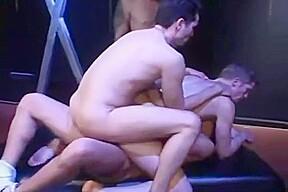 gay N124...