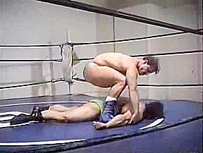 The best wrestling gay online...