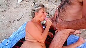 Lisa cuckold cap dagde beach with...