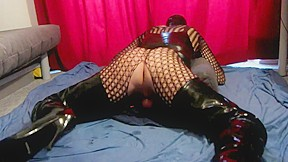 Enjoy slave shemale...
