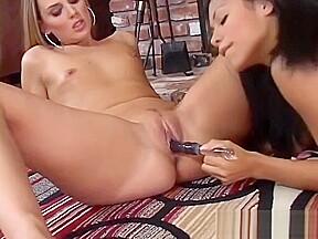 lesbian N175...