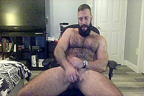 Hairy takes dildo on cam...