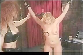 lesbian N195...