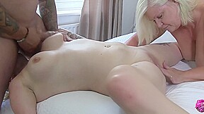 Laceystarr settling a bet with loula lou...