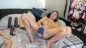 Dildo and squirting...