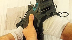 Wanking with dirty and sneakers...