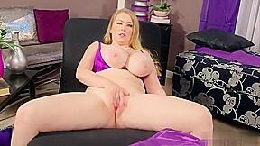Blonde desiree de luca fat masturbating porn...