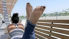 Beautiful latina foot...