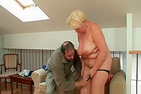Nasty granny still knows to please a dude...