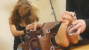 Tickling-jess impiazzi-